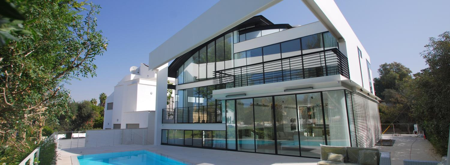 Herzliya pituach real estate for sale israel luxury houses for Houses for sale under 5000 dollars